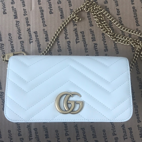b635e648a1d GUCCI Marmont 2.0 Leather Crossbody Bag